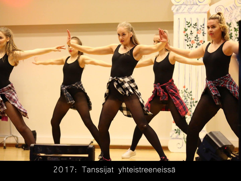 keinoja kaihtamatta_tanssijat yhteistreeneissä_netti